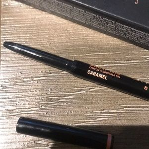Anastasia Beverly Hills brow wiz in shade caramel